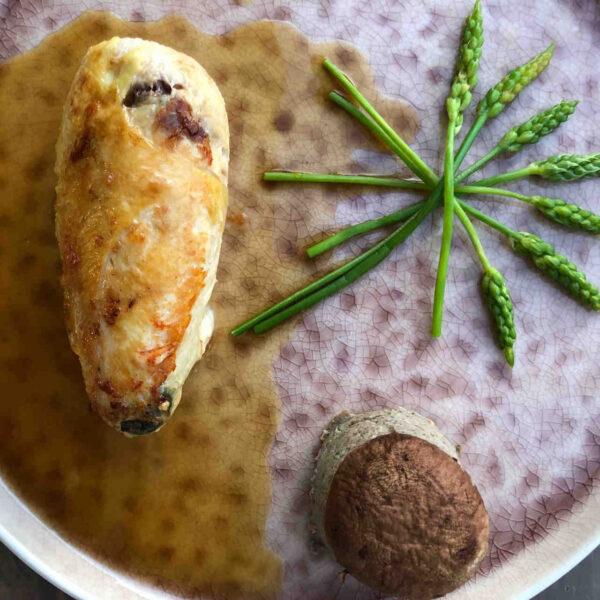 cours de cuisine ailes de poulet farcies au comté, jus de volaille, flan de champignons
