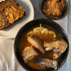 provence bouillabaisse with garlic bread and rouille